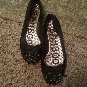Flats with beaded toes, 6 1/2